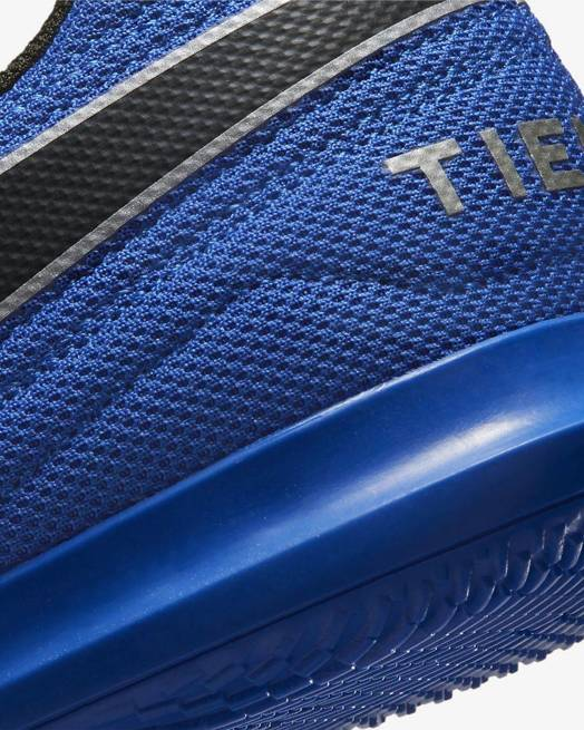 Buty piłkarskie halówki Nike Tiempo Legend
