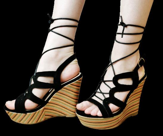 Sandały czarne na koturnie wiązane 4045-1